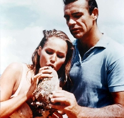 Ursula Andress è la Bond girl più sexy