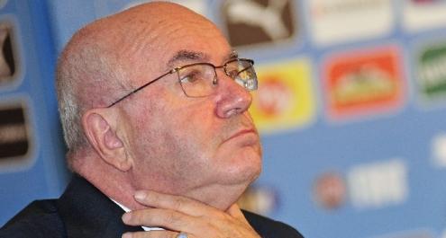 Figc, le riforme di Tavecchio: Serie A a 18 squadre e limite agli stranieri
