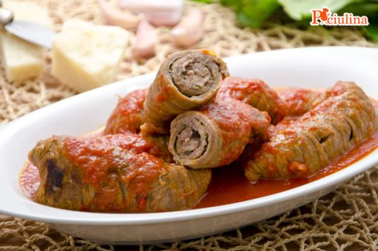 Involtini di vitello al sugo