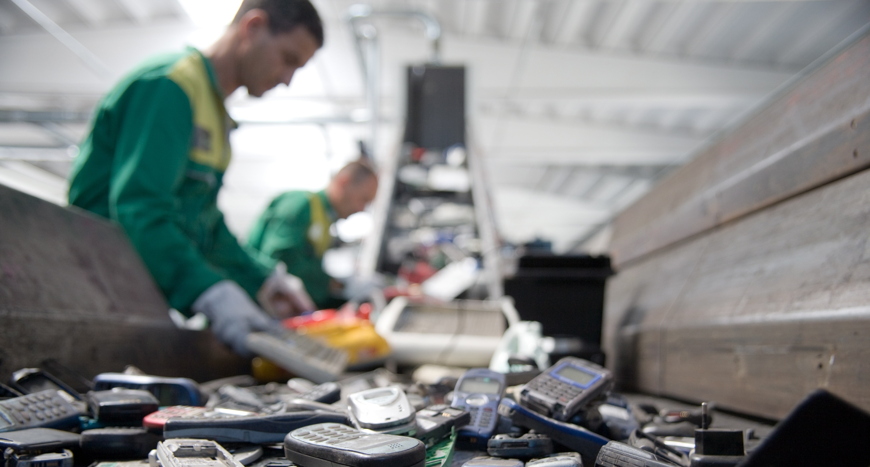 Le terre rare nei cellulari da buttare possono fruttare for Cellulari 150 euro