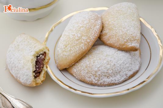 Biscotti ripieni alla Nutella