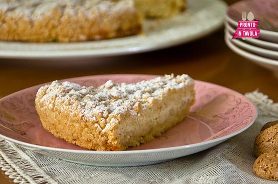 Sbriciolata di ricotta e amaretti ricetta di pronto in - Ricette monica bianchessi pronto in tavola ...