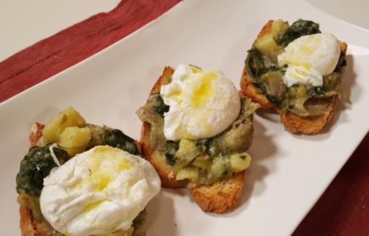 Crostini verdure e uova
