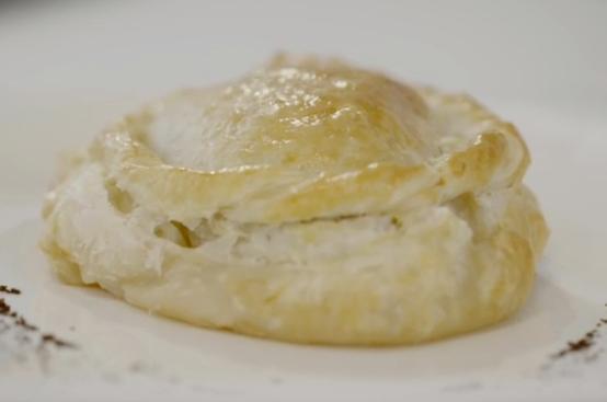 Medaglione di filetto in crosta ai fungi