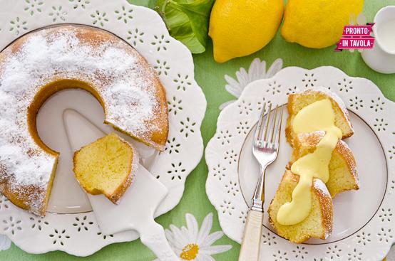 Torta al limone con salsa allo zafferano