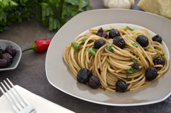 Spaghetti alle olive pasole