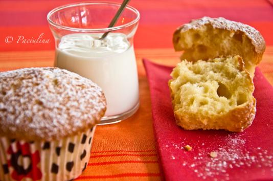 Muffins allo yogurt e liquore al mandarino