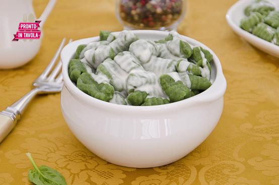 Gnocchi di spinaci al taleggio