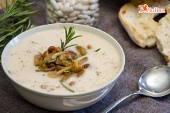Crema di fagioli con funghi e rosmarino
