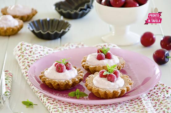 Cestini di frutta e yogurt