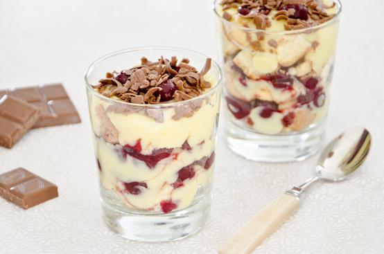 Trifle amarene e cioccolato