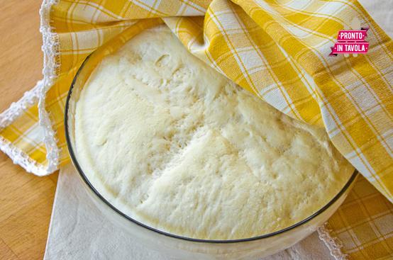 Impasto per pizza ricetta di pronto in tavola - Impasto per tavola calda ...