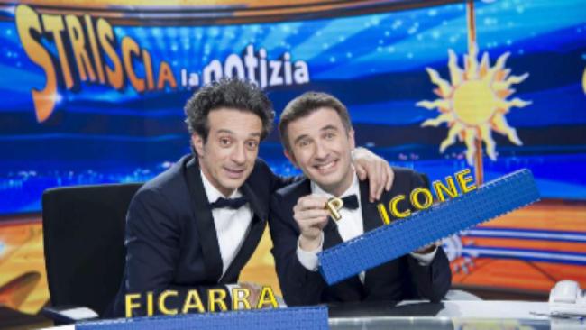 """""""Striscia la Notizia"""", dietro al bancone riecco Ficarra e Picone"""