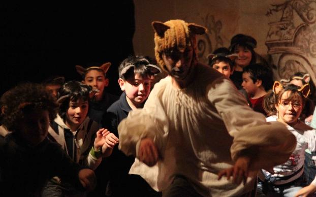 """""""Il gatto con gli stivali"""" sul palco del Manzoni"""