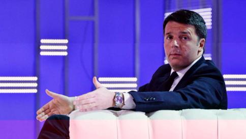 """Renzi: """"Con me presidente l'Italia non invaderà la Libia con 5mila uomini"""""""