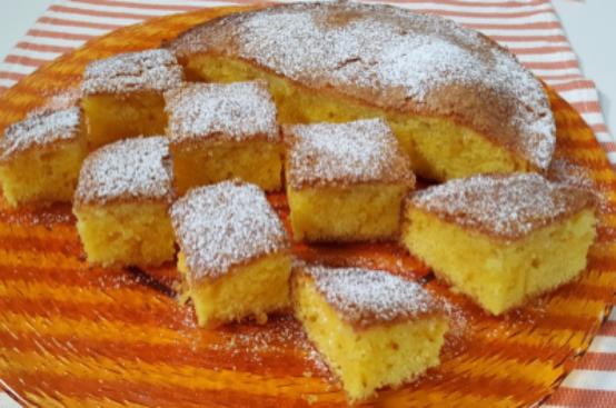 Torta di farina al mais e al limone