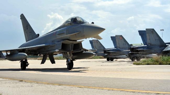 Aereo Da Caccia Russo : Caccia intercettano aereo russo tgcom