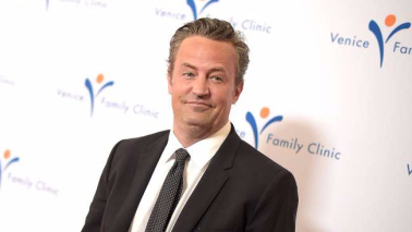 Matthew Perry torna in tv: sarà Ted Kennedy in una miniserie
