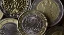 Bce, Draghi abbatte i tassi e li porta al minimo storico: 0,15%