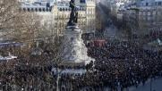 Charlie Hebdo, Parigi ricorda vittime delle stragi