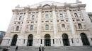 Borsa, Milano chiude in rosso