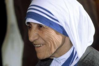 Madre Teresa proclamata santa il 4 settembre