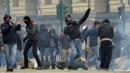 """Sciopero dei """"Forconi"""": proteste in tutta Italia, scontri e feriti a Torino"""
