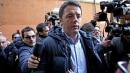 Largo Nazareno, Letta non partecipa<br> Renzi contestato all'arrivo in direzione Pd