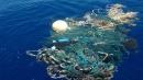 Un tuffo nella plastica, ogni anno 13 milioni di tonnellate di rifiuti negli oceani