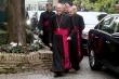 Migranti, monsignor Galantino: c'è chi pensa solo ai voti
