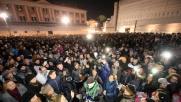 Napoli, folla di fan al flash mob per Pino Daniele