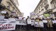 Roma, le vittime delle quattro banche di nuovo in piazza:...