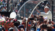"Papa Francesco in Messico: ""No a una società per pochi"""