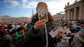"San Pio, Papa Francesco: ""La preghiera fa miracoli"""