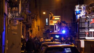 Napoli, esplosione in centro per una fuga di gas: 2 feriti