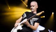 La bronchite ferma Eros Ramazzotti, annullati tre live
