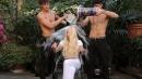 Ice Bucket Challenge secondo Bastianich, Versace e Siffredi