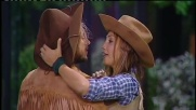 """Grande Fratello 13, il """"cowboy"""" Mirco bacia Chicca"""