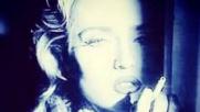 Madonna, gaffe social: una foto della Barale al posto della sua