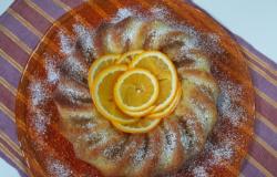 Ciambella semplice all'arancia