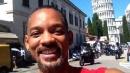 Will Smith, selfie davanti alla Torre di Pisa