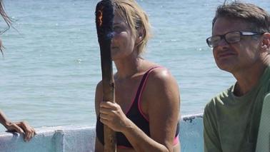 Isola dei Famosi, Simona Ventura va dai desnudi