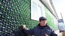 Russia, 52enne costruisce una casa riciclando 12mila bottiglie di champagne
