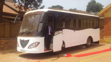 Uganda, ecco il primo bus elettrico a energia solare