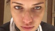 """Adriana Lima, """"sbattuta"""" e senza make up sul social: """"Anche le..."""