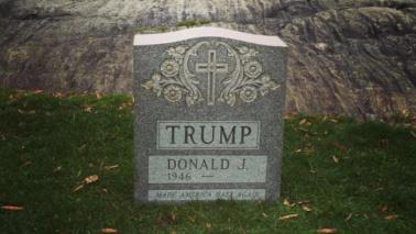 A Central Park spunta la lapide di Donald Trump