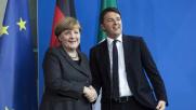Merkel e Renzi: salvare l'Ue Avanti intesa con Turchia