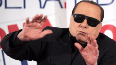 Berlusconi, no al ticket Meloni-Bertolaso