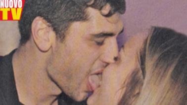 Rossella e Jeremias, baci senza freni per la nuova coppia del clan Rodriguez