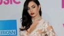 Charli XCX, la cantante 22enne seduce con trasparenze hot